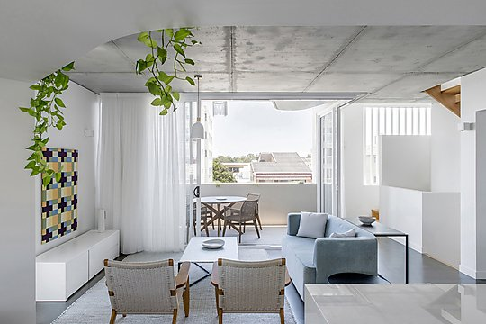 Interior photograph of Cooma Terrace Townhouses by Cathy Schusler