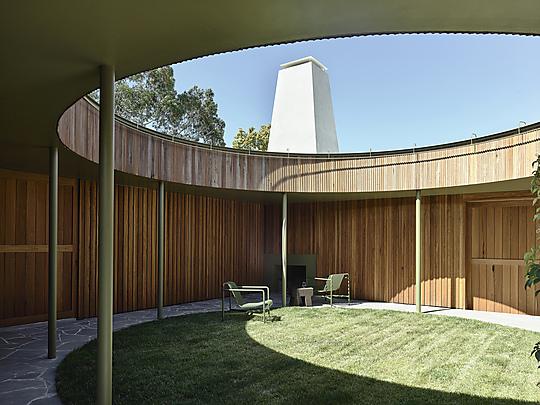 Interior photograph of Milkbar House by Derek Swalwell