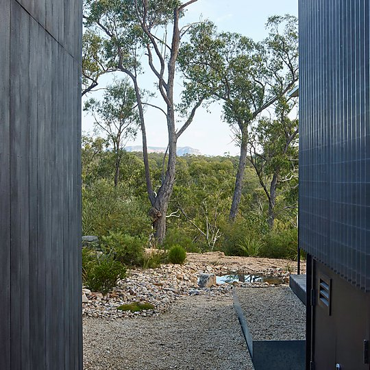 Interior photograph of Off Grid FZ House by Nick Bowers