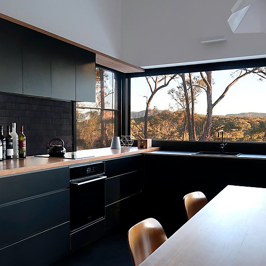 Interior photograph of Off Grid FZ House by Simon Anderson