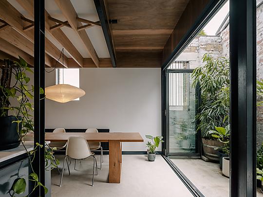 Interior photograph of Casa Carlton by Dan Preston