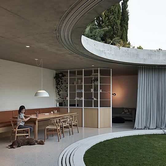 Interior photograph of Elwood Bungalow by Derek Swalwell